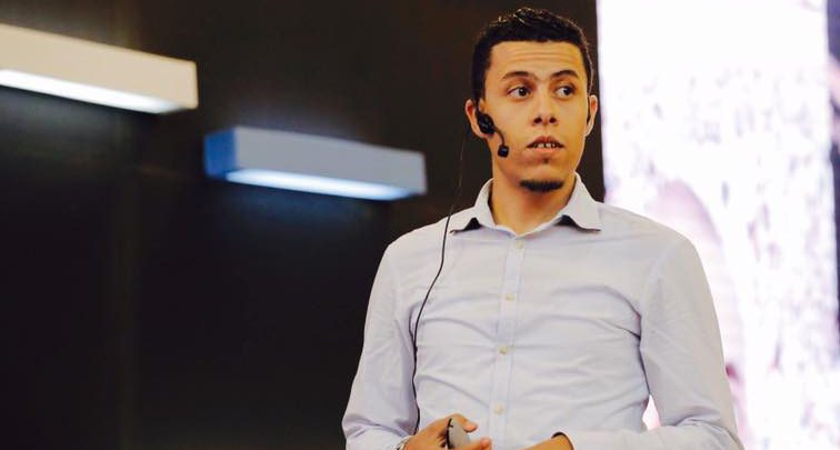 Photo of شاب جزائري حقق ثروة مالية عبر استثمارات إلكترونية