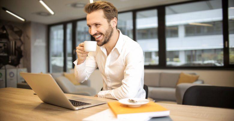 Photo of 5 عادات عليك اتباعها لتصبح رجل أعمال ناجح