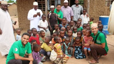 صورة متطوعون جزائريون يجوبون البلدان الافريقية الفقيرة