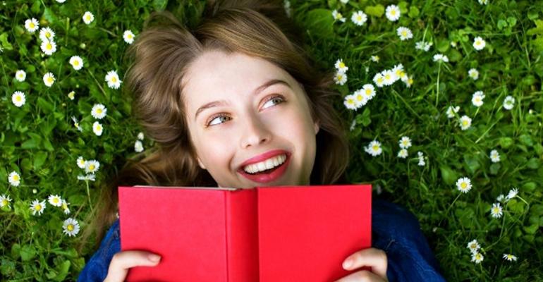 صورة ما الذي يجعل النساء سعيدات إذا كانت سعادتهن لدقائق فقط؟!