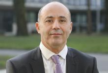 Photo of انتخاب أستاذ عربي رئيسا لجامعة غرونوبل الفرنسية