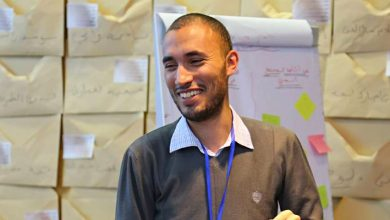 Photo of شاب جزائري يعمل على تطوير المحتوى لمفوضية الاتحاد الإفريقي بأثيوبيا