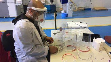 Photo of باحثون جزائريون ينتجون معدات الحماية والتنفس الاصطناعي لمواجهة كورونا