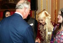 Photo of شابة جزائرية أدخلها لقاؤها الملهم بولي عهد بريطانيا إلى عالم ريادة الأعمال