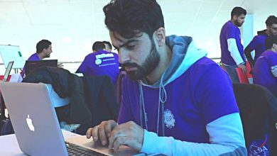 طلاب جزائريون من جامعة بسكرة ينظمون منتدى إفتراضي حول قضايا علمية