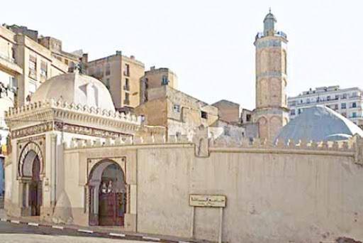 المساجد العتيقة موروث ثقافي
