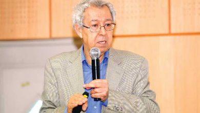 Photo of البروفيسور الجزائري الذي يؤرخ لـ تاريخ الرياضيات والعلوم العربية