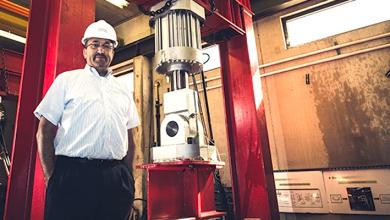 Photo of الهندسة الإنشائية .. دكتور جزائري يقدم أبحاثا متميزة في أمريكا