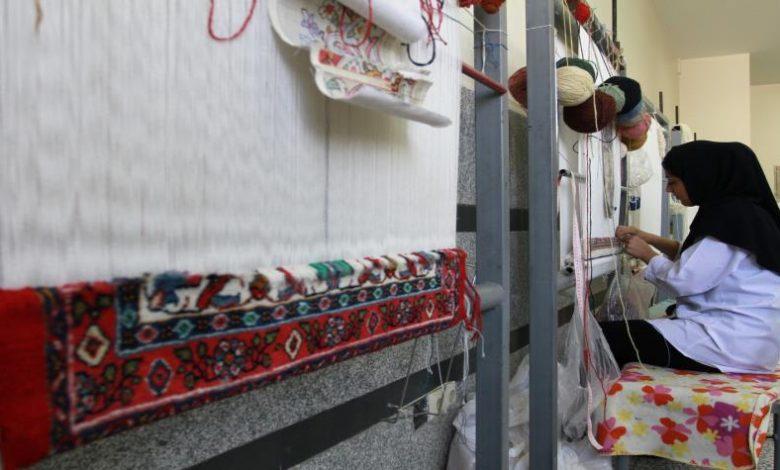 صورة إطلاق مشروع إنتاج السجاد التارقي لدعم النساء في ايليزي